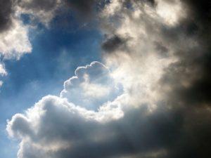 clouds-20752_640