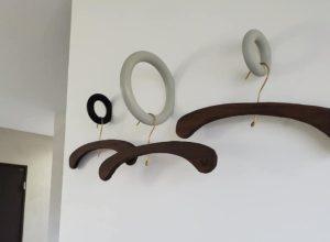 桐のハンガー
